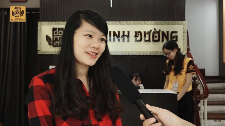 Chị Linh chia sẻ về căn bệnh mề đay sau sinh