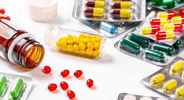 Thuốc tây y trị mẩn ngứa khắp người, lưu ý khi sử dụng