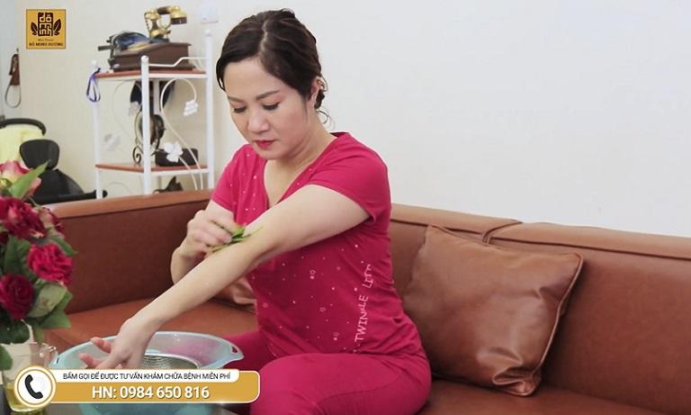 Diễn viên Nguyệt Hằng từng áp dụng nhiều mẹo chữa dân gian tại nhà nhưng không khỏi mề đay