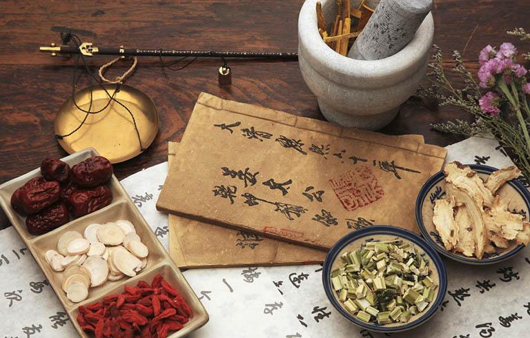 Các bài thuốc Đông y sử dụng thảo dược tự nhiên nên đảm bảo an toàn cho người dùng